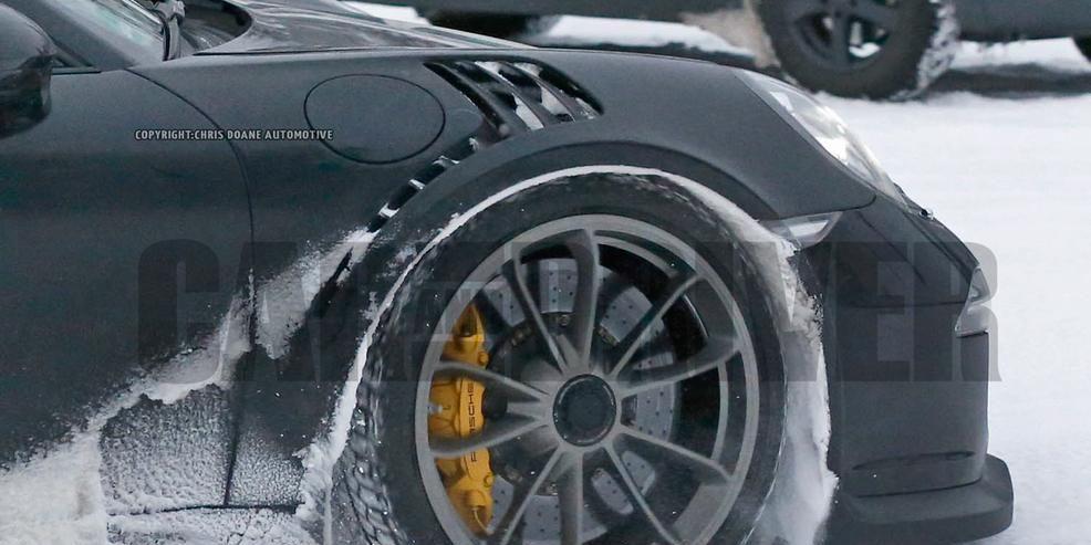 Spied! 2016 Porsche 911 GT3 RS Completely Undisguised
