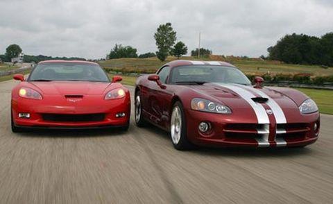 Automotive design, Vehicle, Hood, Land vehicle, Performance car, Car, Red, Sports car, Headlamp, Automotive lighting,