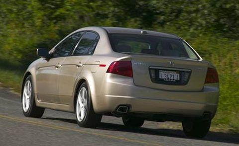 Tire, Wheel, Mode of transport, Automotive design, Vehicle, Alloy wheel, Automotive tire, Land vehicle, Car, Rim,