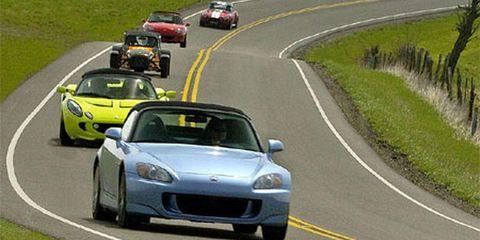 road, motor vehicle, mode of transport, automotive design, land vehicle, vehicle, automotive mirror, car, asphalt, infrastructure,