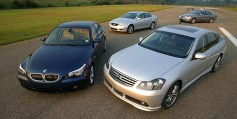 2007 bmw 550i, 2007 infiniti m45 sport, 2007 lexus gs450h, and 2007 mercedes benz e550