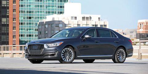 Land vehicle, Vehicle, Car, Mid-size car, Luxury vehicle, Automotive design, Motor vehicle, Full-size car, Sedan, Personal luxury car,