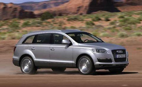 Tire, Wheel, Automotive design, Vehicle, Automotive tire, Transport, Land vehicle, Infrastructure, Car, Automotive mirror,