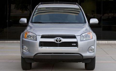 Toyota Recalls 423,000 RAV4 Models for Windshield Wipers