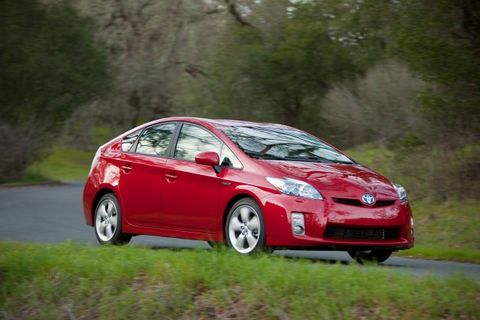 Toyota Acknowledges Software Problem with 2010 Prius Brakes