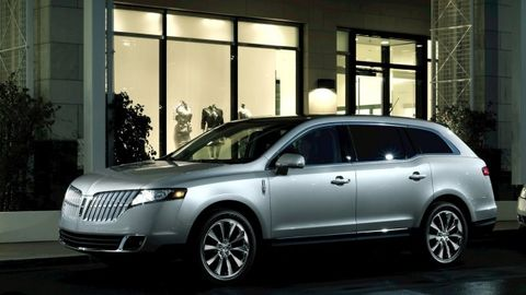 Lincoln Motor Company >> New Lincoln Vehicles Models And Prices Car And Driver