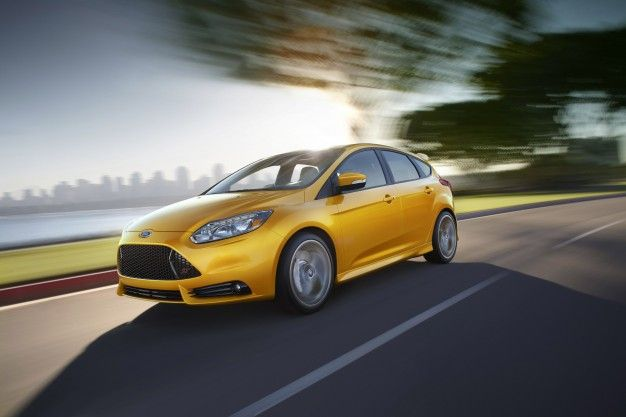 yellow 2013 ford focus st