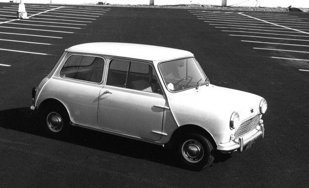 1959 austin 850 exterior