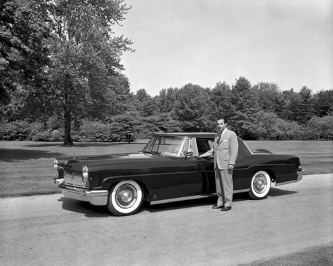 bb13780b3f4 Ford family patriarch William Clay Ford died Sunday at his home in Grosse  Pointe Woods, a Detroit suburb. The cause of death was pneumonia.