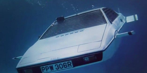 James Bond Lotus Esprit Submarine Up for Auction for $1 Million