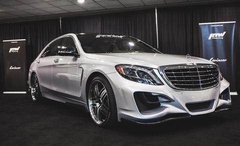 Tire, Automotive design, Vehicle, Automotive lighting, Grille, Car, Alloy wheel, Rim, Automotive tire, Spoke,