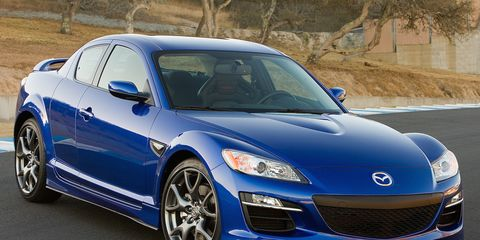 Tire, Wheel, Automotive design, Vehicle, Land vehicle, Hood, Rim, Transport, Car, Alloy wheel,