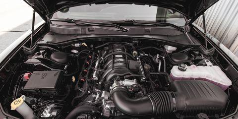 Engine, Car, Hood, Automotive engine part, Personal luxury car, Automotive air manifold, Luxury vehicle, Automotive super charger part, Fuel line, Kit car,