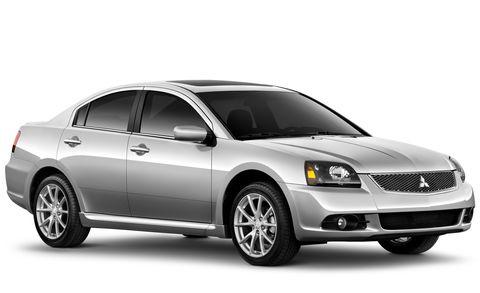 Motor vehicle, Tire, Automotive mirror, Mode of transport, Automotive design, Glass, Vehicle, Transport, Automotive lighting, Land vehicle,