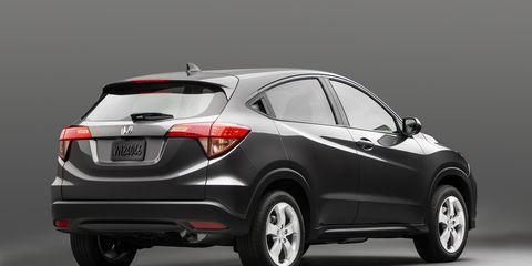 Motor vehicle, Tire, Wheel, Automotive design, Mode of transport, Product, Vehicle, Automotive lighting, Glass, Automotive tire,