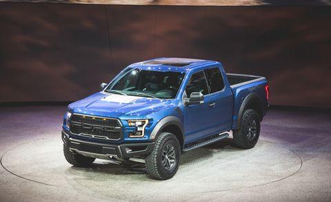 Tire, Wheel, Automotive design, Automotive tire, Vehicle, Hood, Rim, Car, Pickup truck, Grille,