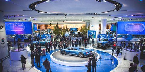 Automotive design, Vehicle, Land vehicle, Event, Car, Automotive tire, Auto show, Performance car, Exhibition, Luxury vehicle,