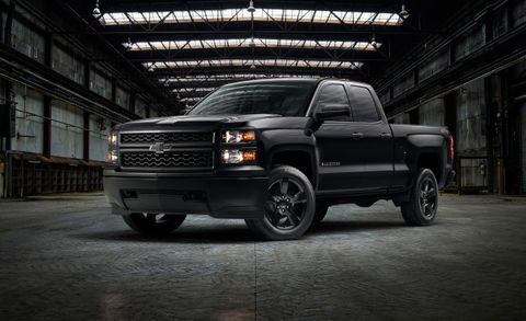 2017 Chevrolet Silverado Wt Black Out Package