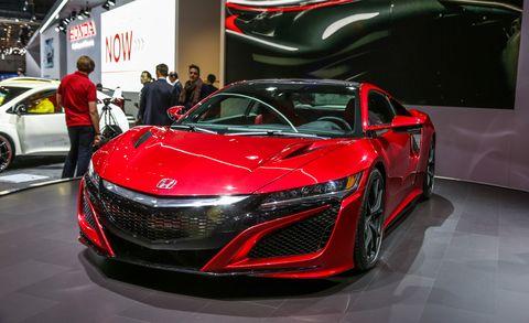 Automotive design, Mode of transport, Vehicle, Land vehicle, Event, Car, Auto show, Exhibition, Grille, Personal luxury car,