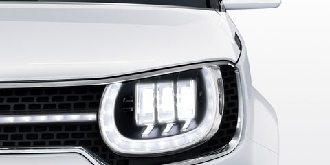 Automotive design, Automotive exterior, Automotive lighting, Headlamp, Grille, White, Hood, Light, Bumper, Luxury vehicle,