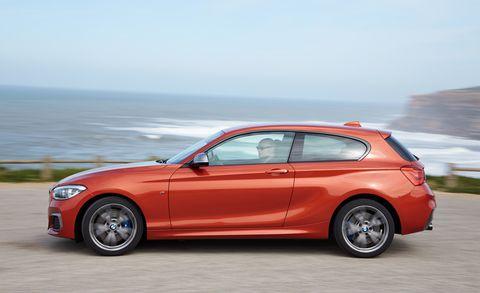 Tire, Wheel, Automotive design, Vehicle, Alloy wheel, Land vehicle, Rim, Car, Red, Performance car,