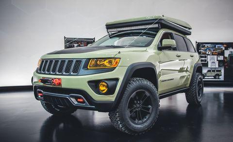Tire, Wheel, Motor vehicle, Automotive tire, Automotive design, Automotive exterior, Vehicle, Product, Land vehicle, Hood,