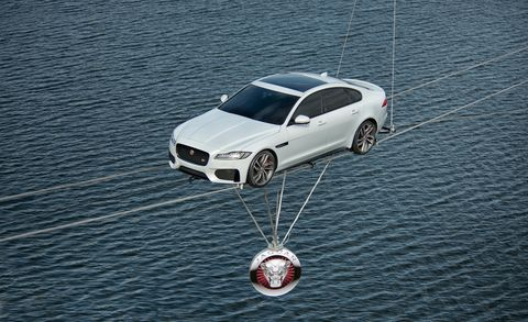 Mode of transport, Automotive design, Alloy wheel, Rim, Car, Automotive exterior, Automotive tire, Automotive wheel system, Auto part, Vehicle door,