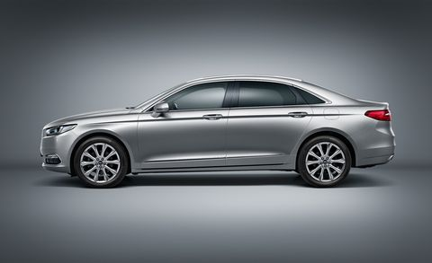 Wheel, Tire, Mode of transport, Automotive design, Vehicle, Transport, Alloy wheel, Car, Full-size car, Rim,