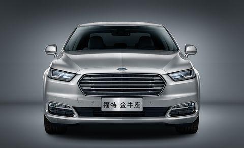 Automotive design, Product, Vehicle, Land vehicle, Grille, Car, Headlamp, Automotive exterior, Automotive lighting, Glass,