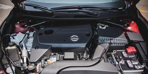 Automotive design, Engine, Car, Automotive engine part, Personal luxury car, Luxury vehicle, Automotive air manifold, Screw, Kit car, Automotive super charger part,