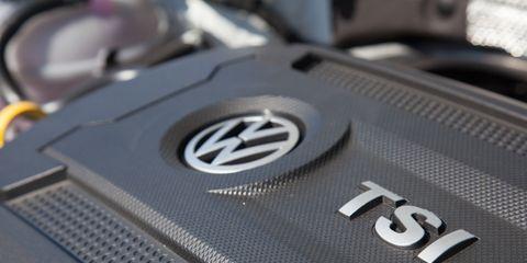 Automotive design, Logo, Symbol, Carbon, Mercedes-benz, Trademark, Brand, Personal luxury car, Silver, Gadget,