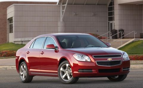 Chevy Recalls 469,000 Malibus for Faulty Seat Belts – News