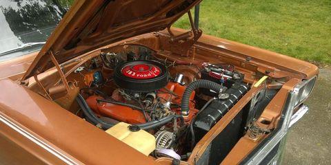 Motor vehicle, Engine, Car, Classic, Classic car, Automotive engine part, Hood, Antique car, Vintage car, Kit car,