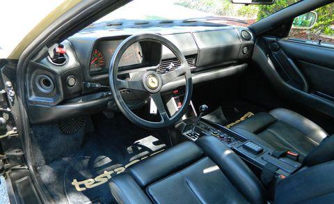 Motor vehicle, Steering part, Mode of transport, Steering wheel, Vehicle door, Center console, Car seat, Fixture, Gauge, Car seat cover,