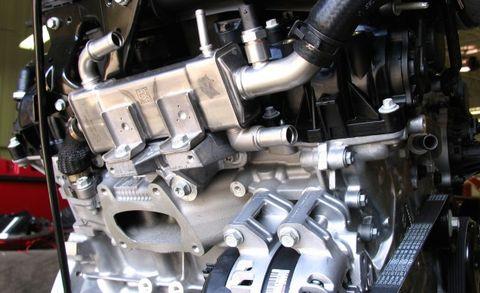 3 6-liter pentastar v-6 adds cooled egr for model-year 2016