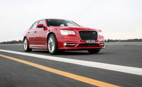 Tire, Wheel, Automotive design, Vehicle, Land vehicle, Automotive lighting, Grille, Road, Car, Alloy wheel,