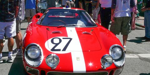 Vehicle, Performance car, Car, Sports car, Race car, Shorts, Classic car, Supercar, Hood, Coupé,