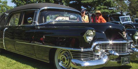 Motor vehicle, Automotive design, Vehicle, Land vehicle, Automotive exterior, Car, Classic car, Vehicle door, Classic, Fender,