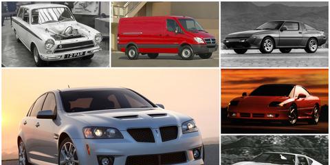 Tire, Wheel, Motor vehicle, Land vehicle, Vehicle, Automotive design, Automotive mirror, Alloy wheel, Car, Automotive parking light,