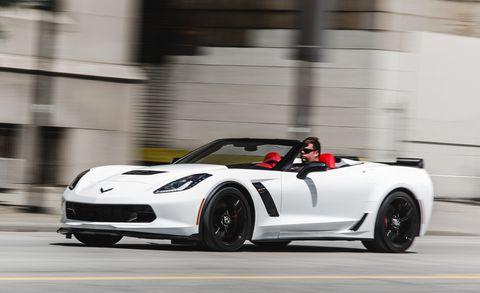 Tire, Wheel, Automotive design, Vehicle, Performance car, Car, Sports car, Supercar, Fender, Convertible,