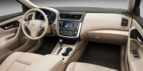 Motor vehicle, Steering part, Blue, Product, Brown, Automotive design, Steering wheel, Vehicle audio, Center console, White,