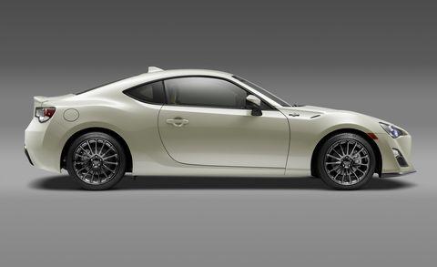 Tire, Wheel, Automotive design, Vehicle, Automotive lighting, Rim, Car, White, Alloy wheel, Performance car,