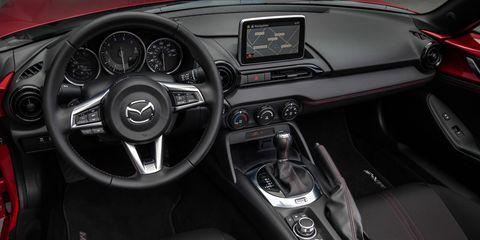 Motor vehicle, Steering part, Mode of transport, Automotive design, Steering wheel, Transport, Center console, Speedometer, White, Gauge,