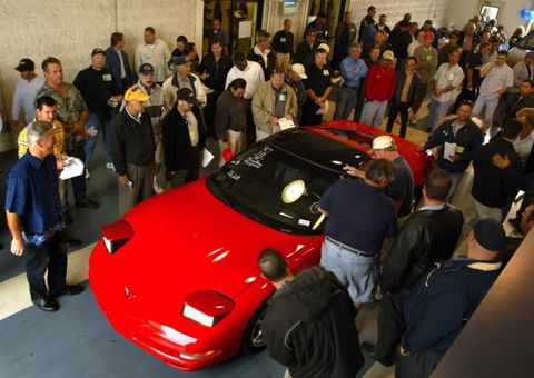 What to Know About Buying a Car at Auction – News – Car and