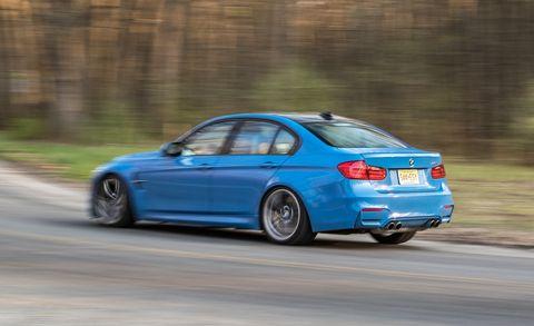 Tire, Wheel, Automotive design, Blue, Vehicle, Automotive tire, Rim, Car, Automotive lighting, Alloy wheel,