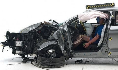 Iihs Safety Ratings >> Only One American Car Takes Top Iihs Safety Rating Many 2016 Models
