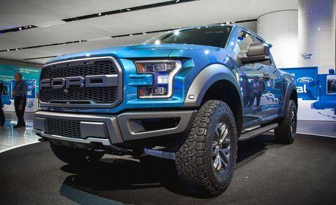 Tire, Motor vehicle, Wheel, Automotive design, Automotive tire, Blue, Vehicle, Land vehicle, Rim, Automotive exterior,