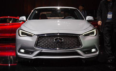 Motor vehicle, Automotive design, Vehicle, Land vehicle, Event, Grille, Headlamp, Car, Automotive lighting, Personal luxury car,