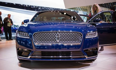 Automotive design, Land vehicle, Vehicle, Grille, Car, Personal luxury car, Luxury vehicle, Electric blue, Beauty, Hood,