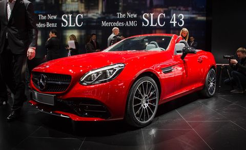 Tire, Wheel, Automotive design, Mode of transport, Vehicle, Land vehicle, Performance car, Car, Personal luxury car, Red,